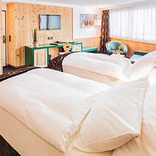 hotel san gian st moritz. Black Bedroom Furniture Sets. Home Design Ideas